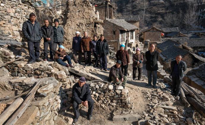 """传统村落""""空心化?#20445;?#23665;西一千年古村仅剩最后13位村民"""