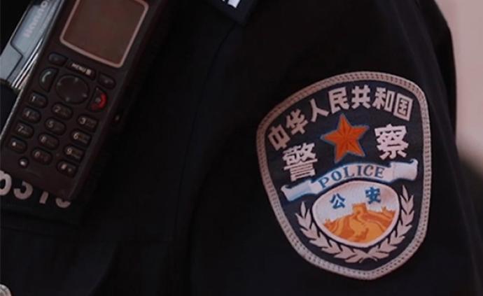 """江西贵溪警方通报""""男子抢小孩"""":两人系父子关系"""