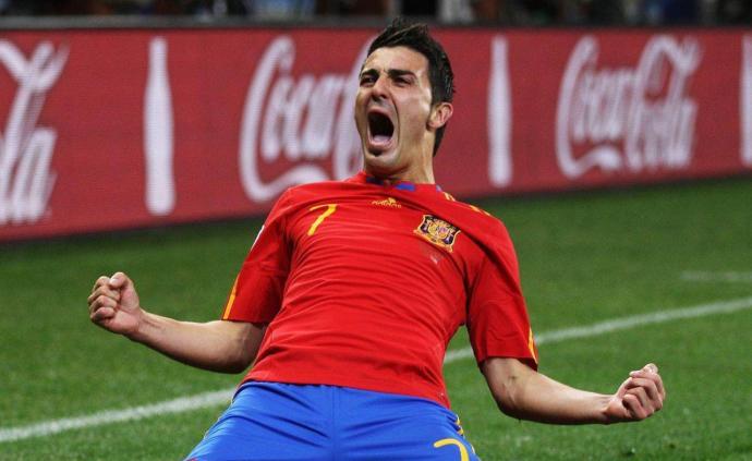 """再见""""葫芦娃""""!西班牙传奇射手比利亚宣布退役"""