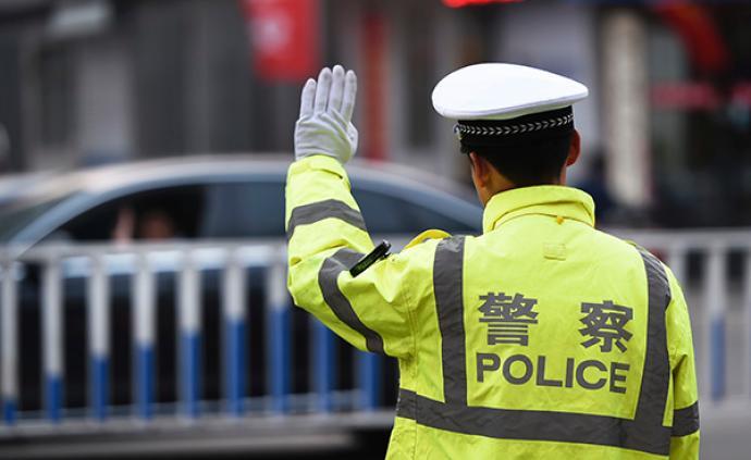 駕照被吊銷竟還開著車來交警隊:溫州一女司機被行政拘留