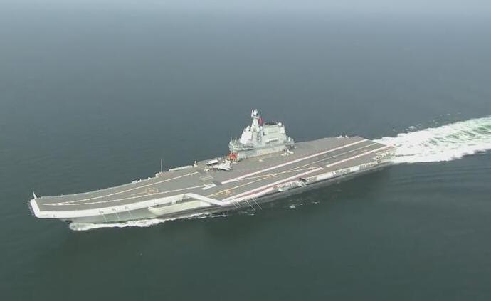我國第二艘航母通過臺灣海峽,赴南海開展科研試驗和例行訓練