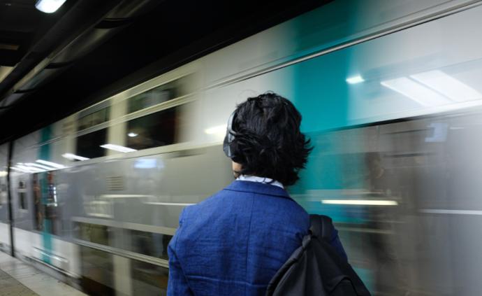 """全球城市觀察︱推行""""無車化"""",巴黎需要更有效的地鐵系統"""