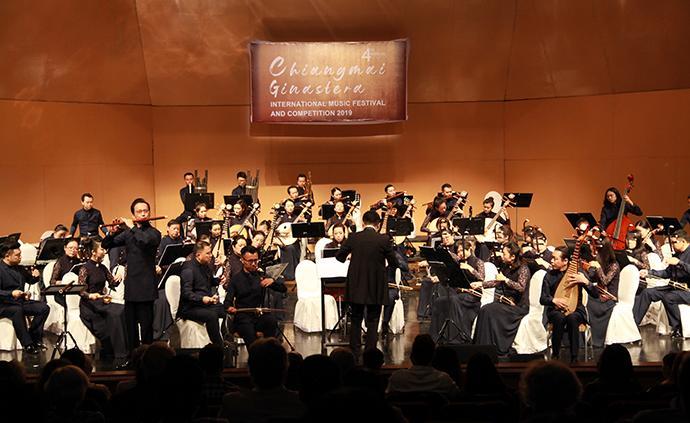 """上海民族乐团到访泰国清迈,满城劲吹""""中国风"""""""