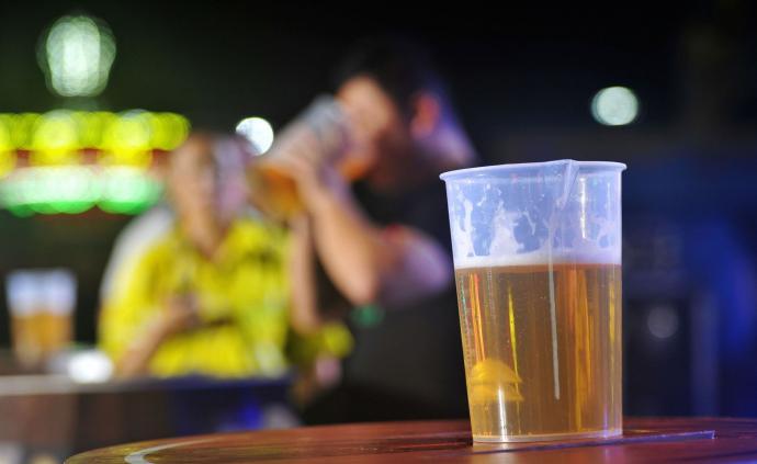 与受教育程度相关的基因变异,会影响饮酒模式和所饮酒精种类