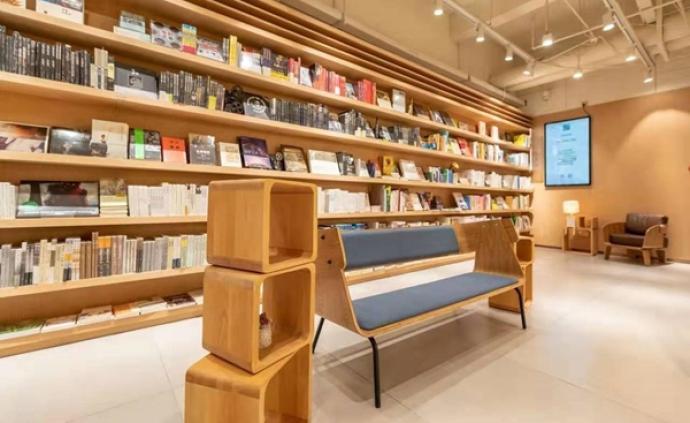 書店測評|漓江書院廣西大學店:校園內的24小時書店