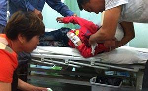 镇坪打伤4学生老师已逃逸超24小时,当地政府称正全力搜寻