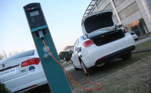 两会专访|吴幼英:建议强制新小区为每个车位配电动车充电桩