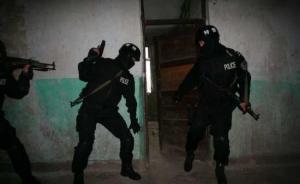 上海警方凌晨解救1名被绑架人质,4名嫌犯被刑拘