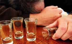 网友初次见面,男网友大醉后溺亡,女网友被判担责10%