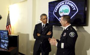 奥巴马签禁令限制警察过度军事化,望重塑警民信任