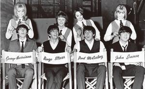 披头士唯一正式授权传记,写于1968年,而一切正在发生