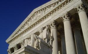 美国最高法院所践行的只是美国政治?