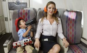 带娃坐飞机是一场虐心冒险,你在别人眼中成了什么样?