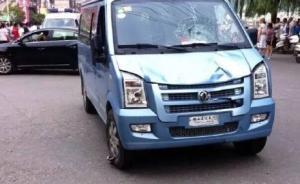 湖北4名城管执法时遭摊贩亲属驾车撞伤,肇事者被刑拘