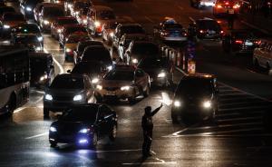 专家提议上海逐步取消外牌车行政性管制,改为付费通行