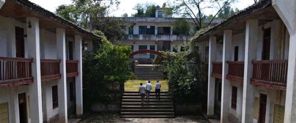 三位老师留守的学校:去年送走一名学生后再也没孩子报到