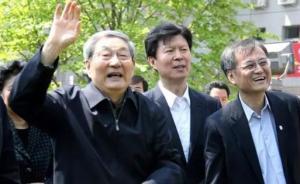 87岁朱镕基再回清华,曾许诺四年回一次母校