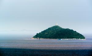 上海最大无人岛将成景点:有军事坑道,还有150多只猕猴