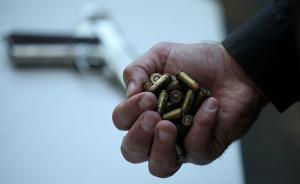 美国枪击案频发,为什么奥巴马一直呼吁却管不了?