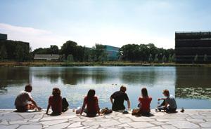"""埃因霍温:""""世界上最智慧的园区""""如何诞生"""
