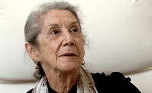 南非诺贝尔文学奖得主戈迪默去世,曼德拉出狱时最想见的人有她