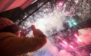 上海明年起外环内禁止燃放、储存烟花爆竹,最高可罚十万元