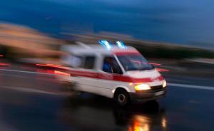 广西来宾一卡车与三轮车发生交通事故,致7死4伤