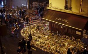 """IS发布巴黎恐袭""""袭击者视频"""",并威胁攻击英国"""