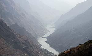 地质活跃造就水位落差,也是安全隐忧