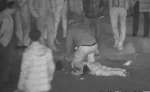 """""""想抢把枪去报仇"""",四川一男子报假警后持刀袭警"""