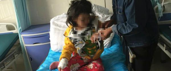 安徽砀山虐童案生母被撤销监护资格,曾殴打女儿在其伤口撒盐