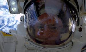 绕地飞行5440圈后,三名NASA宇航员回来了