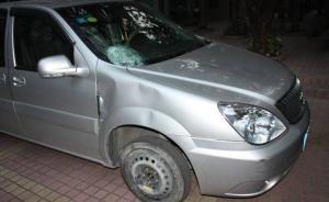 深圳警方称快车司机见死不救涉驾车逃逸,滴滴辩解被交警反驳