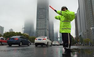 交通大整治中的上海交警:我会一个一个把处罚依据讲清楚