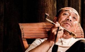 《百鸟朝凤》:中国老电影人,憋一口气,闷一口血