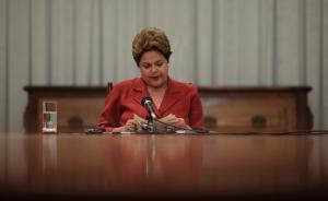 央视专访巴西总统罗塞夫:如因停职不能参与里约奥运会很难过