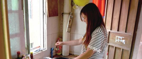 """重庆""""童养媳""""达成离婚协议:12岁嫁人,丈夫比其大17岁"""