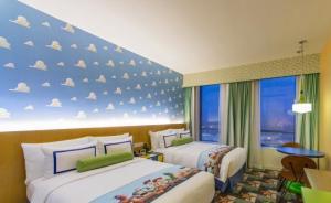 玩转迪士尼|住宿篇:从一晚68元的床位到数千元的酒店都有