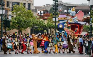 上海迪士尼改善排队情况:所有项目足量开放,增发快速通行证
