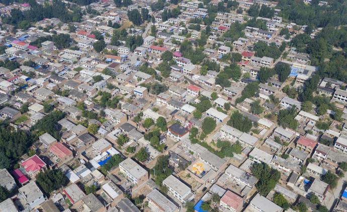 中国雄安集团52亿元拿下容城县22宗土地,将建安置住房