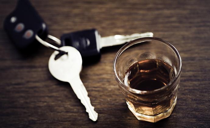 西安一男子与三同事聚餐后醉驾追尾身亡,三人均被判赔