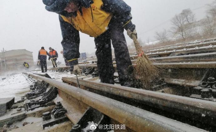 吉林全面加强高铁沿线安全管理,发现各类隐患问题1299件