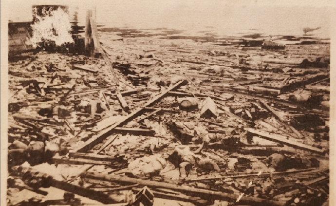 侵华日军相册中发现南京大屠杀原版照片