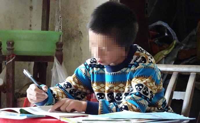 暖聞|孝感9歲缺耳男孩造耳一期手術成功,成績優異想考清華