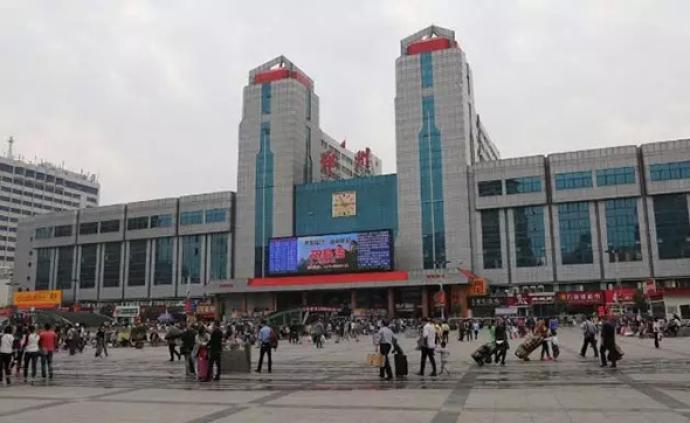 鄭州火車站4部被閑置8年電動扶梯,通過安全檢測已投入運行
