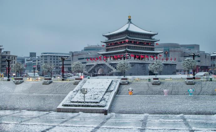 用攒足的假期,赶一趟下雪的西安城