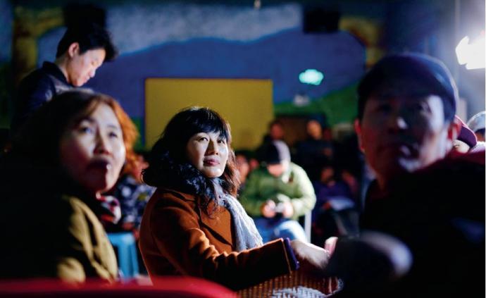 當家政女工跳起鬼步舞,整個北京都屬于她