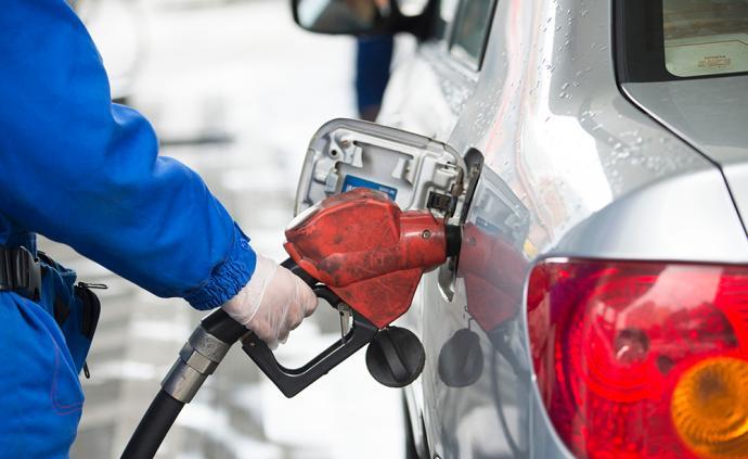 伊朗反擊后國際油價上演過山車:從上漲4.5%至下跌1%
