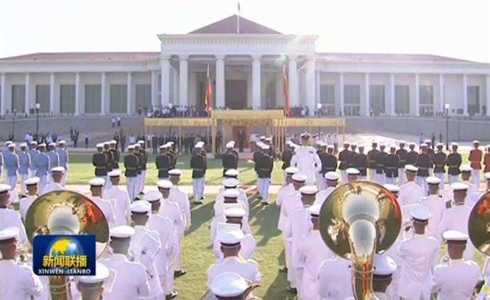 習近平出席緬甸總統舉行的歡迎儀式