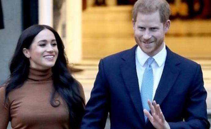 英国王室同意哈里夫妇退出公职,将不再使用王室头衔